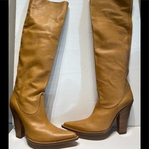 Nando Muzi natural color leather stacked heel